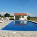 villa-swimming-pool.jpg