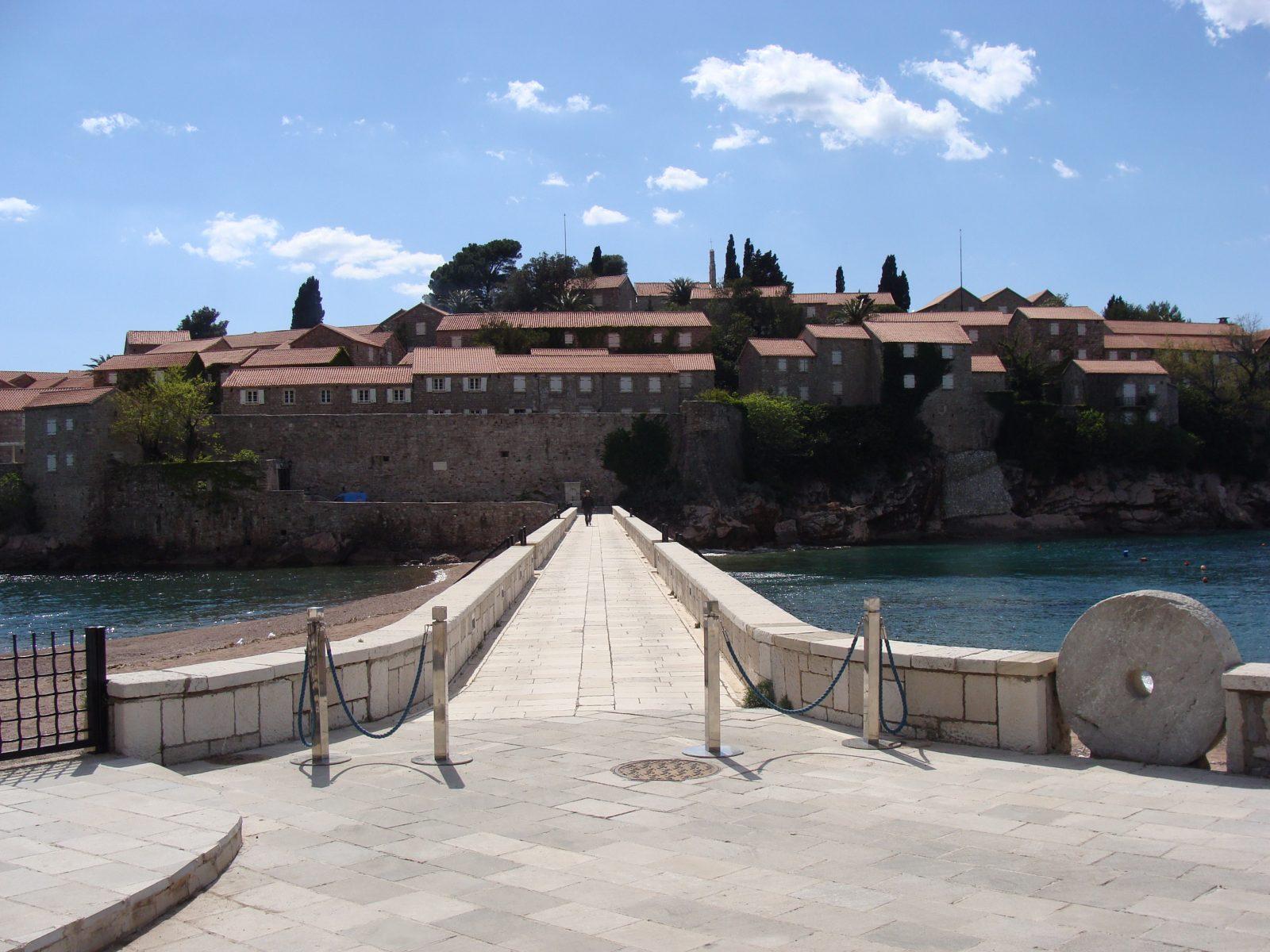 montenegro-sveti-stefan.jpg